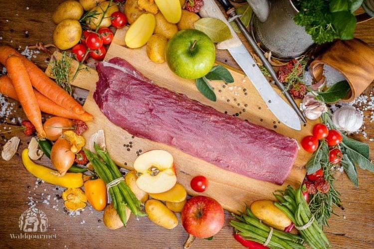 Rezept Für Rosa Gebratenen Wildschweinrücken Unter Kräuterkruste Mit